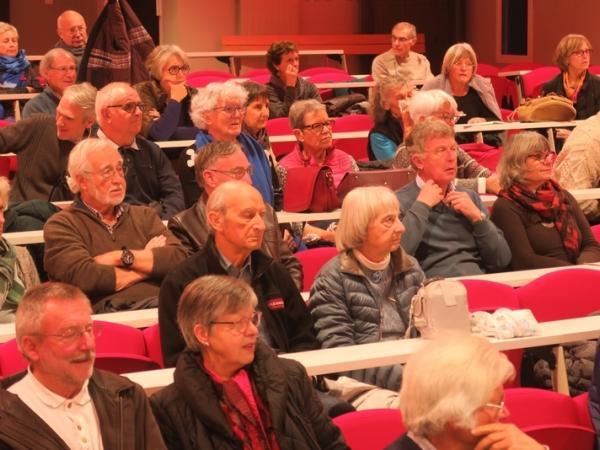 Les conférences avaient auparavant lieu à la cité scolaire