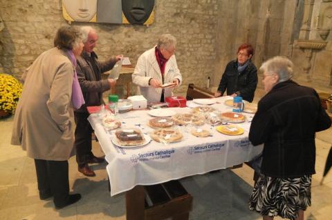 Le Secours catholique de Vaison la Romaine a vendu des gâteaux pour récolter des fonds