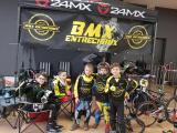 les jeunes pilotes du Bmx club d'Entrechaux